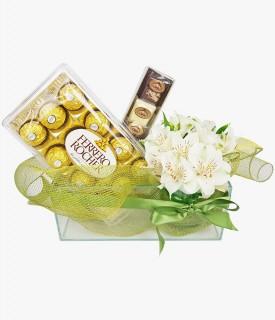 Cesta com chocolate e flores brancas - Clássico infalível