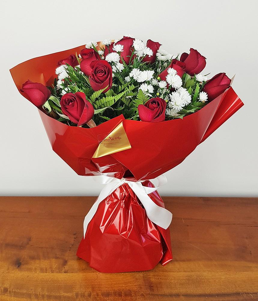 Buquê Clássico de 12 rosas vermelhas