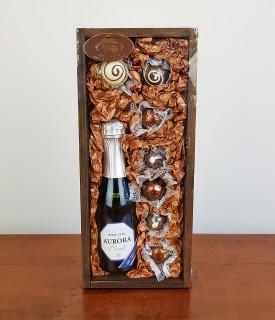 Caixa Madeira Espumante c/ chocolate 100g Treze Tílias
