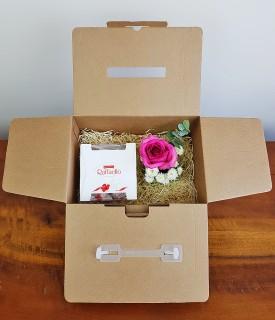 Presente na caixa - Rosa com Raffaello