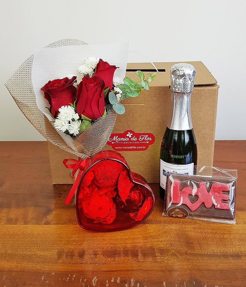 Presente na caixa - Rosa vermelha, Espumante e Chocolate