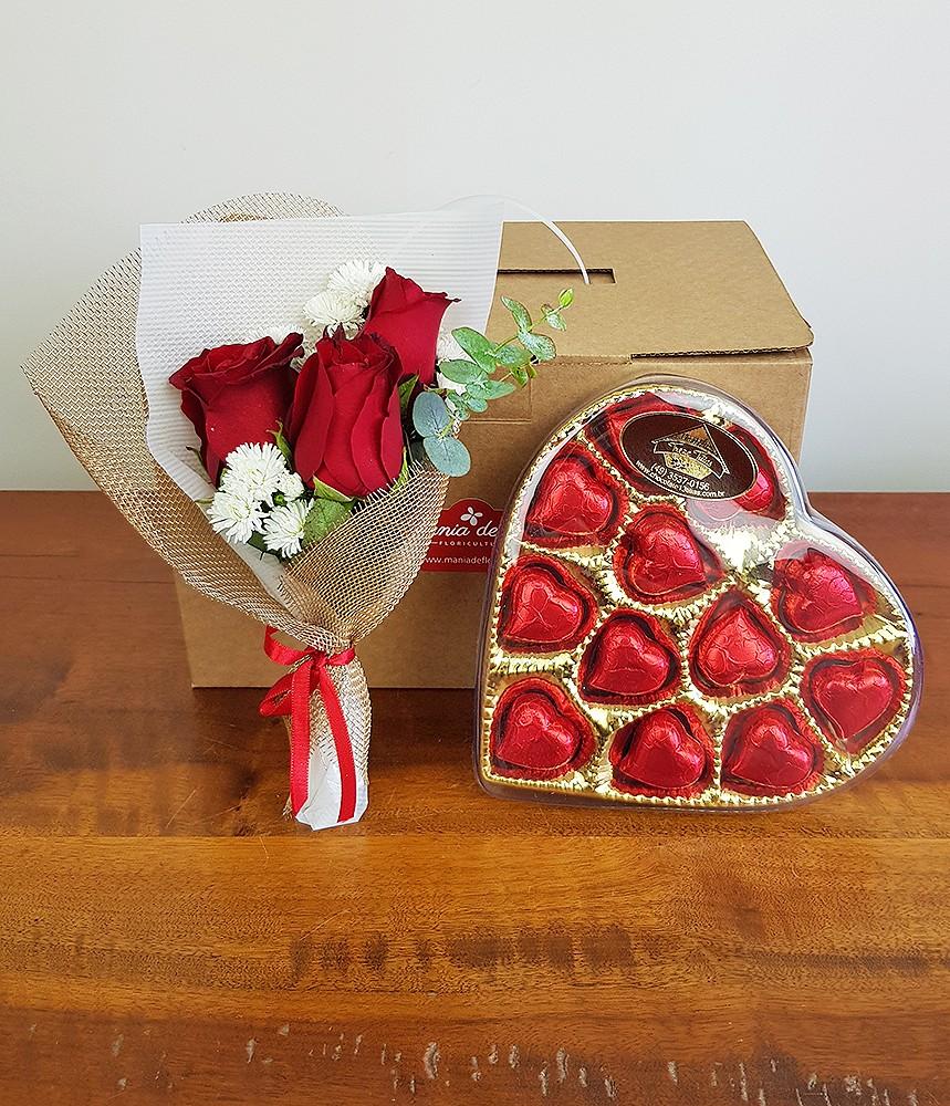 Presente na caixa - Rosa vermelha e Coração de chocolate
