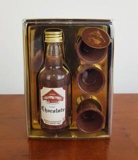 Caixa Dourada Licor de Chocolate c/ copinho 20g Treze Tílias