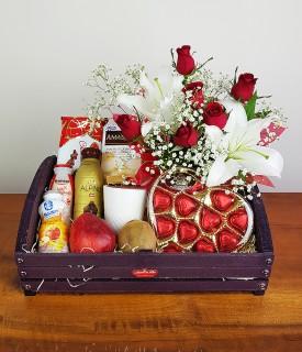 Cesta de café, flores e chocolate Apaixonado por você