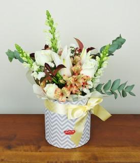 Arranjo Box de flores Delicadeza que Encanta